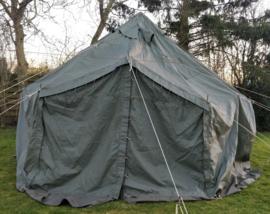 US Army piramide tent set - 5 x 5 meter inclusief alle toebehoren