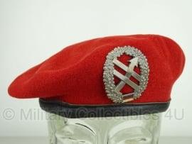 Originele rode baret  - Psychologische oorlogsvoering PSV - 58 of 59 cm. - origineel