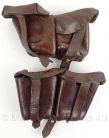 WO2 Duits en Oostenrijks patroonclip tas set Steyr M95 - gestempeld 1939 - afmeting 7 x 10 cm - origineel