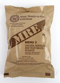 US Army MRE los rantsoen - Meal Ready to Eat  - Menu 3 Chicken noodles and vegetables in sauce - in houdbaar tot  1-2023