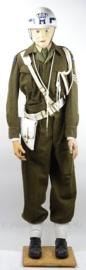KMAR Marechaussee uniform set met jas, broek, koppel, helm, holster, fluitkoord, gaiters en nestel - jaren 50 - met originele insignes - maat 46- origineel