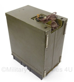 WO2 Us radio receiver BC-652A - gedateerd 1942 - afmeting 31 x 36 x 19 cm - origineel