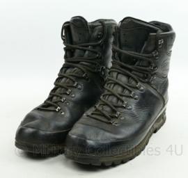 Defensie Meindl M2 schoenen - gedragen - maat 290M = 45 - origineel