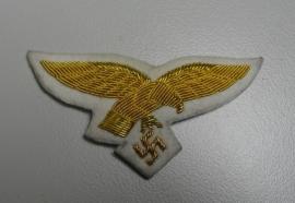 Luftwaffe schirmmütze pet adelaar generaal - witte achtergrond met goud