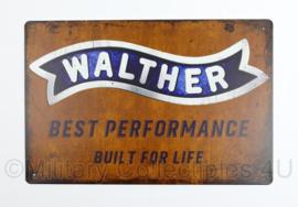 Nieuw gemaakte metalen plaat  met Walther pistolen - Best Performance built for life - 30 x 20 cm - nieuw