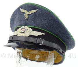 Duitse WO2 Luftwaffe Felddivision Schirmmutze - met aluminium insignes - topkwaliteit - maat 59 - replica
