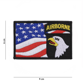 Embleem stof US 101st Airborne Division with American flag - 9 x 6 cm.