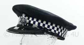 Britse politie pet met insigne - Bedfordshire Police - hoge rang met band op klep - maat 60 - origineel