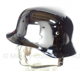 WO2 Duitse M35 helm Chroom!