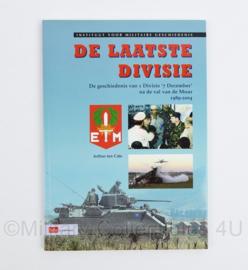 De laatste Divisie door Arthur ten Cate - De geschiedenis van 1 divisie 7 december na de val van de muur 1989-2004