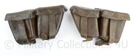 Wo2 Steyr M95 Mannlicher Oostenrijks Duits patroontassen paar - Maker GFG gedateerd 1943 - donkerbruin leer - 17 x 9 x 5 cm - origineel
