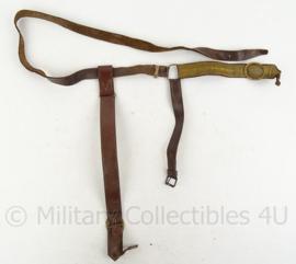 Dolk draagstel - bruin leer - 124 cm - origineel