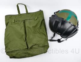 Helmen & Accesoires