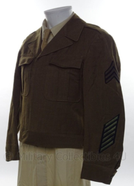 WO2 US Ike jacket met originele Sergeant and Service stripes insignes model 1944 - size 36S - origineel