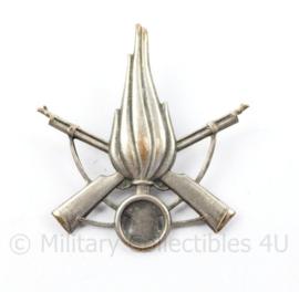 Italiaanse leger Infanterie baret insigne  - 6 x 5 cm  - origineel