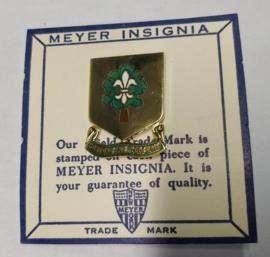 US Army 101st Support Battalion ''Portons Les Far'' unit crest metaal - 3 x 2,4 cm - maker Meyer - origineel