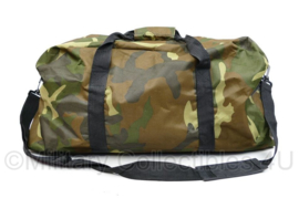 Woodland Sporttas goederentas met Activefit  - 25 x 65 x 27 cm - licht gebruikt - origineel