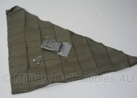 US bandage, Muslin Compressed Camouflaged Mitella/ doek US army - met 2 spelden - origineel