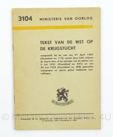 MVO Instructieboekje 3104 Tekst van de Wet op de Krijgstucht - jaren 50 - afmeting 12 x 17 cm - origineel