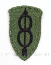 US Army 8th Infantry Division patch subdued cut edge - Vietnam Oorlog - afmeting 4 x 6,5 cm - Origineel