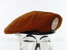 KL Koninklijke Marechaussee Sinaai missie baret - maat 7 1/2 = 60 cm - Bancroft - origineel