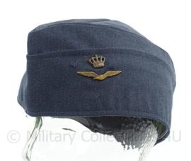 KLU Koninklijke Luchtmacht schuitje - 1976 - maat 57 - origineel