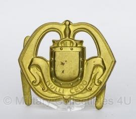 Metalen infanterie embleem - 1e model met splitpen! - origineel