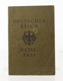 WO2 Deutsches Reich Reisepass  - 1939 - origineel