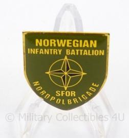Norwegian Infantry Battalion speld SFOR Nordpol Brigade - afmeting 2,5 x 3 cm - origineel