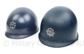 Korps Rijkspolitie M1 helm met binnen helm  - topstaat - origineel