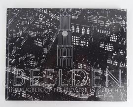 """Boek van de Nederlandse Politie """"Beelden terugblik op politiewerk in Utrecht - origineel"""