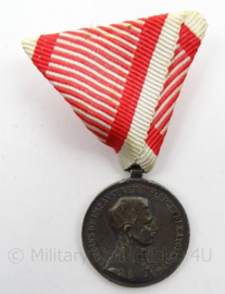 Oostenrijkse Medaille met lintje - Fortitudini - afmeting 5 x 8 cm - origineel