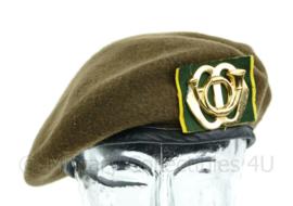 KL Nederlandse leger DT 1963-2000 Regiment Garde Jagers baret met origineel insigne - maat 59 - gedragen - nieuw gemaakt