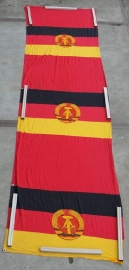 DDR vlag banner groot katoen - 0,95 x 3,70 meter - nr. 4 - maar 1 beschikbaar!
