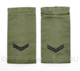 Korps Mariniers GVT epauletten rang Korporaal  - met naam achterop Sasabone -  origineel