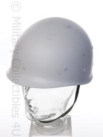 KLu Koninklijke Luchtmacht parade helm of terreinbewaking helm - wit - origineel