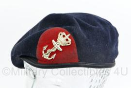 Korps Mariniers baret met insigne - maker Kangol 1997 - maat 57 - gedragen - origineel