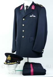 Kl GLT Uniform jasje met broek en pet Rang kolonel met parawing maat 55 - Origineel