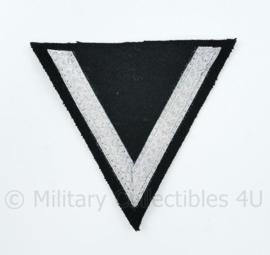 Chevron / driehoek SS Sturmmann zwart