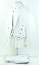 Korps Mariniers zeldzaam Tropen tenue Avondbaadje wit complete set Capraro - maat 52 - origineel