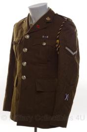 Britse leger uniform jas bruin/groen met insignes - Lance Corporal met veel insignes ! - size 164-92-76 - origineel