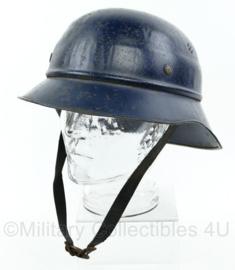 Wo2 Duitse RL 38  gladiator helm - Reichsluftschutz -  origineel
