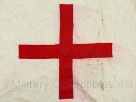 Vintage katoenen Rode Kruis vlag - 58 x 70 cm - origineel