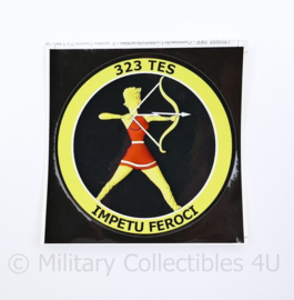 Klu Luchtmacht  sticker 323 TES Edwards Air Force Base,  IMPETU FEROCI - 11 x 11 cm -  origineel