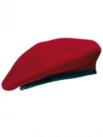 Baret rood - gedragen - maat 55, 59 of 60 cm - origineel