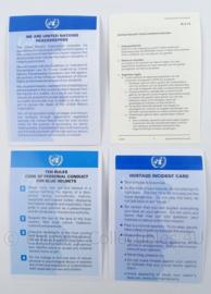 UN VN documenten set instructiekaarten - afmeting 15 x 10,5 cm - origineel