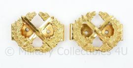 Korps Rijkspolitie Opperwachtmeester epaulet rangen PAAR goudkleurig - 5 x 4 cm - origineel