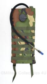 Woodland camo Hydration pack - 45 x 20 x 1,5 cm - nieuw - origineel