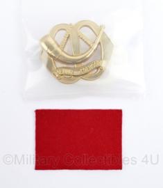 Defensie baret insigne Menno van Coehoorn - nieuw in de verpakking - 7 x 5 cm -  origineel
