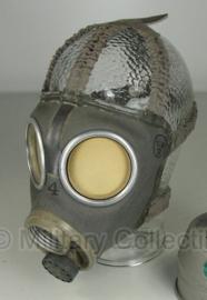 Gasmasker Zweeds M1936 gedateerd 1939 tot 1943 - ongebruikt (zonder filter) - origineel WO2